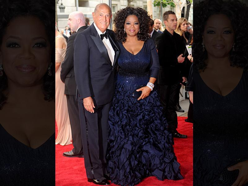 The late Oscar de la Renta with Oprah Winfrey at the MoMA in New York. (AP)