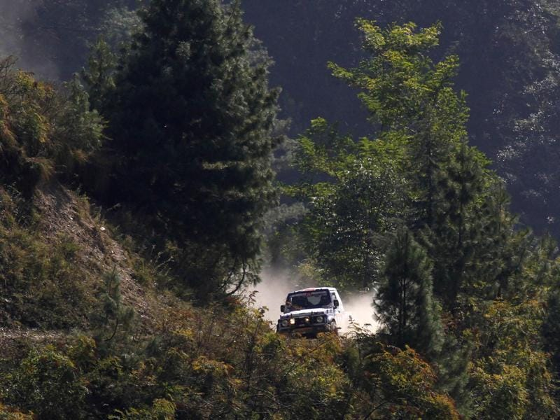 Rally participants in their first leg on the third day of Raid De Himalaya Xtreme and Adventure car rally in Sanghni to Bhaderwah, Dalhousie. (Virendra Singh Gosain/HT Photo)