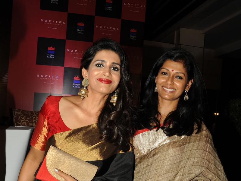 Sonali Kulkarni (l) and Nandita Das attend the 60th birth anniversary and book launch of Bollywood film, television and theatre actor, the late Smita Patil's biography by Maithili Rao in Mumbai. (AFP)