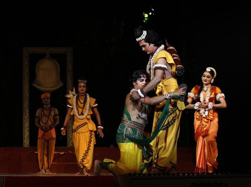 Scene from the  Ramlila  held at  the Shriram Bharatiya Kala Kendra in New Delhi  (Ajay Aggarwal/HT Photo)