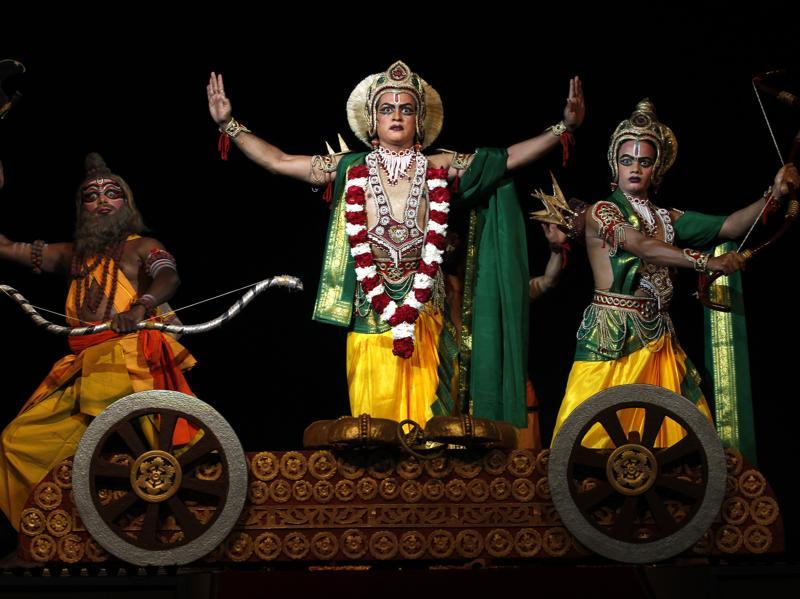 Parshuram Samvad scene from the  Ramlila  held at  the Shriram Bharatiya Kala Kendra in New Delhi  (Ajay Aggarwal/HT Photo)