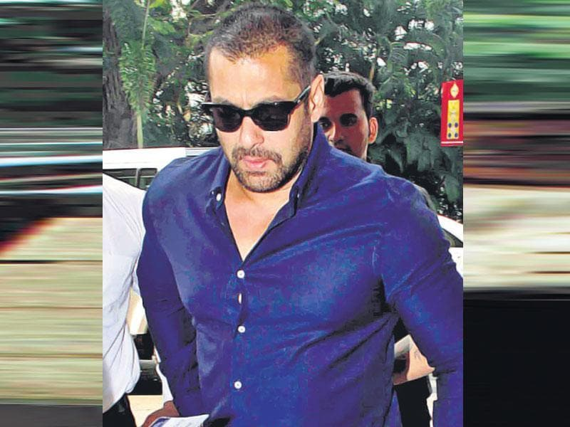 Salman Khan looks perturbed as he is spotted at Mumbai airport.  (Shakti Yadav)