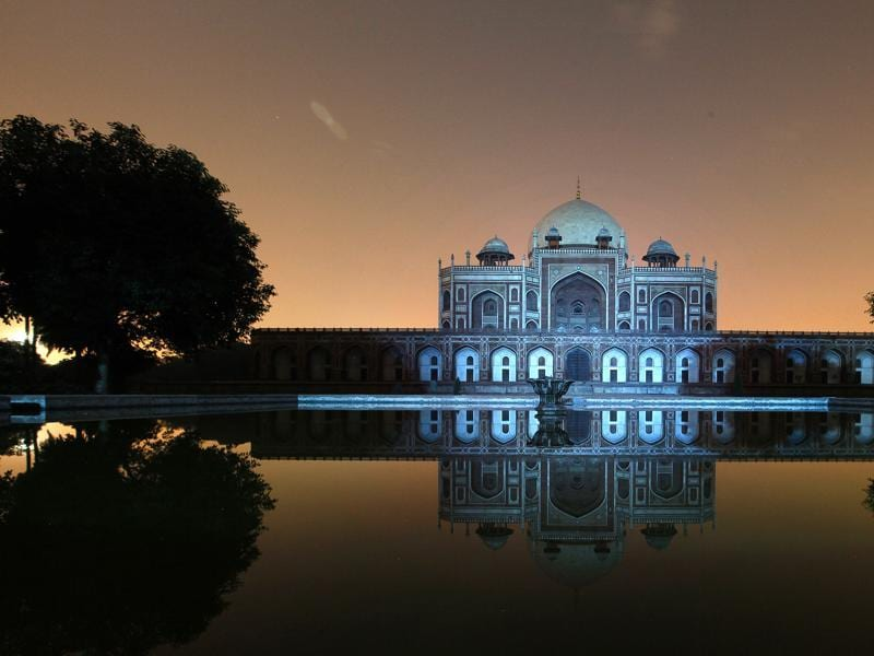 Blue light highlights Humayun's Tomb, as India commemorates the 70th anniversary of the United Nations in New Delhi. (HT Photo)
