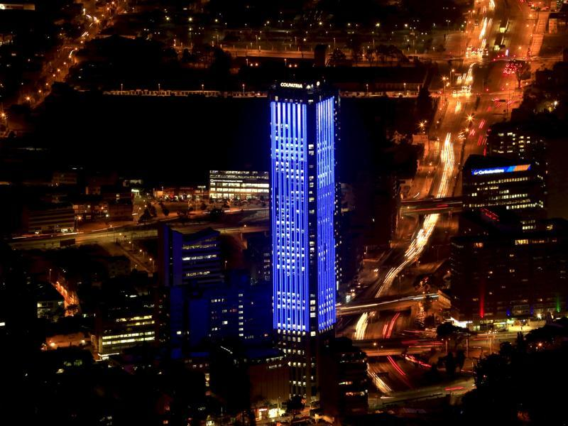 The Colpatria tower is pictured as it is lit up in blue to honor the 70th anniversary of the United Nations in Bogota, Colombia. (REUTERS Photo)