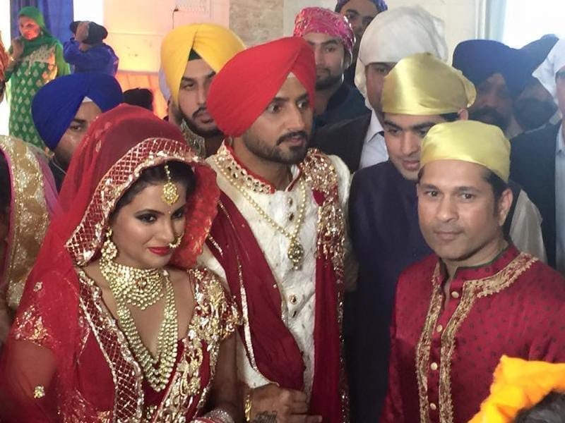 Sachin Tendulkar with Geeta Basra and Harbhajan Singh at their wedding ceremony. (Naveneet Kalra)