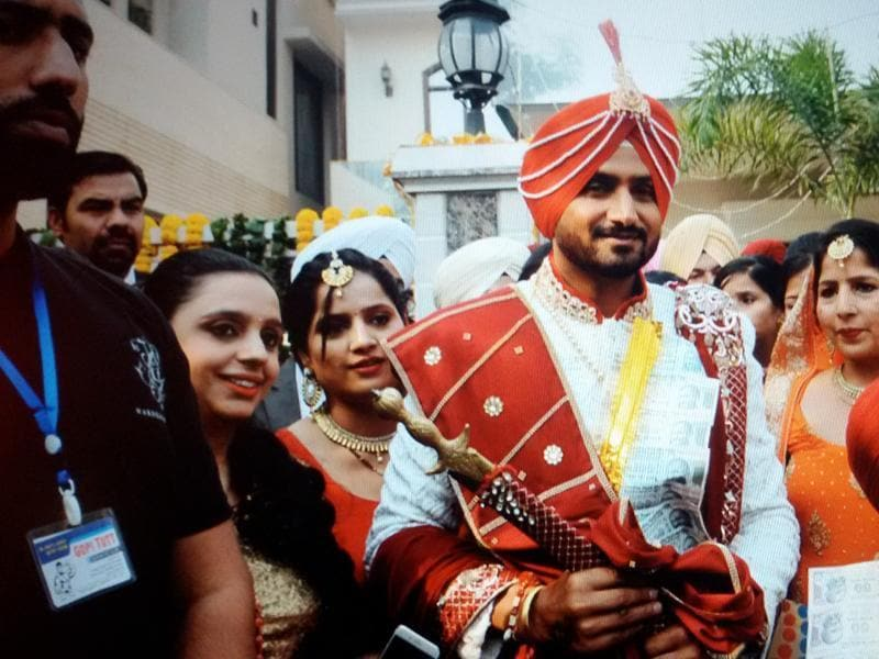 Harbhajan Singh all decked up for the wedding. He arrived in a Rolls Royce. (Pardeep Pandit/HT Photo)