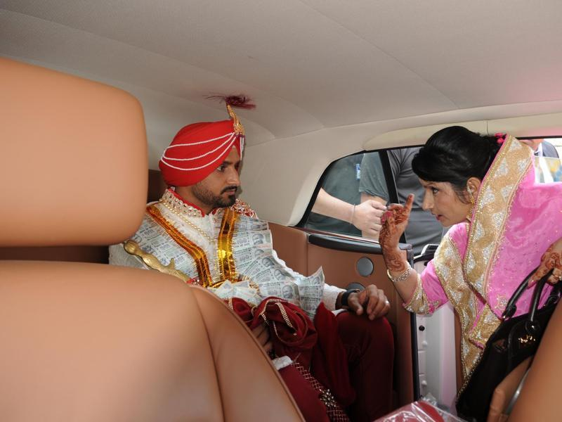 Harbhajan Singh prepares for his wedding. (Pardeep Pandit/HT Photo)