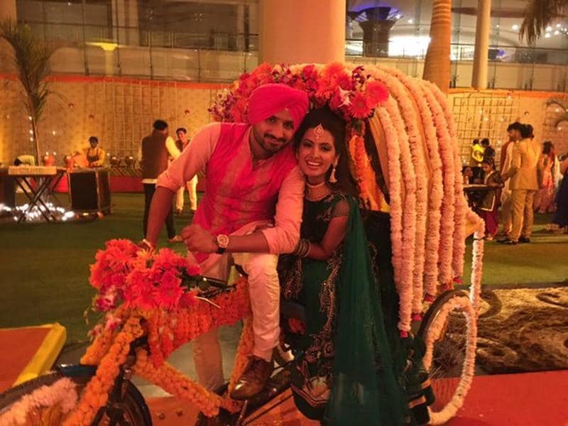Harbhajan Singh and Geeta Basra at their sangeet ceremony. (TWITTER/HARBHAJANSINGH)