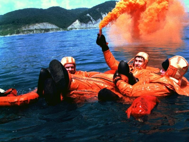 The Expedition 1 crew practices water survival skills in the Black Sea on October 3, 1997. (Photo courtesy: nasa.gov)
