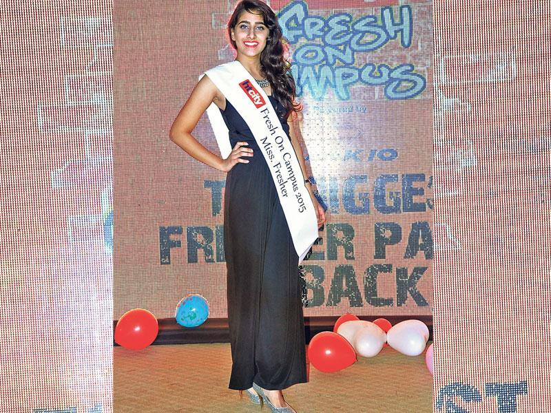 Sara Chopra won the crowd over with her glamorous look and grace, bagging the title of the Diva of the College . (HT photo/Rajeev Choudhary)