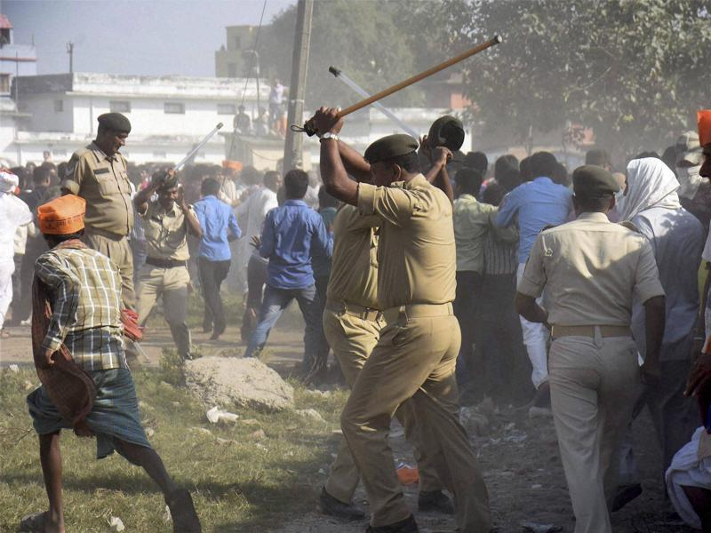 Police lathicharge BJP supporters at Prime Minister Narendra Modi's election rally in Darbhanga on Monday.  (PTI)