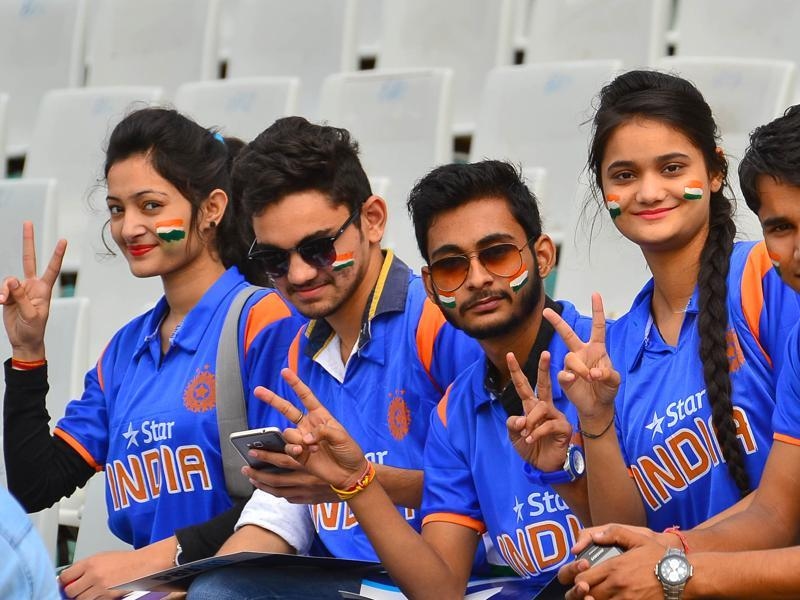 Supporters of Indian cricket team during the first test match at the PCA stadium in Mohali on Thursday. (Gurpreet Singh/HT)