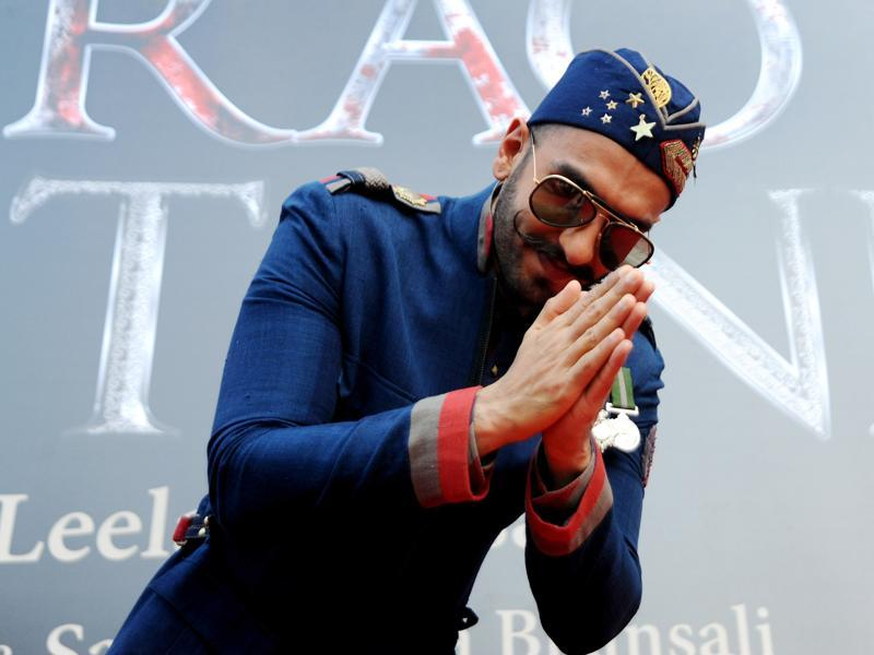 Ranveer Singh greets fans at the poster launch of the Bajirao Mastani in Mumbai on November 4, 2015.  (AFP)