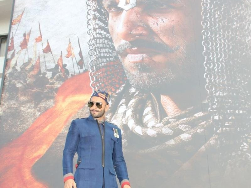 Ranveer Singh launched a new poster of Bajirao Mastani on Nov 4, 2015 and the actor was dressed in royal blue for the event.  (IANS)