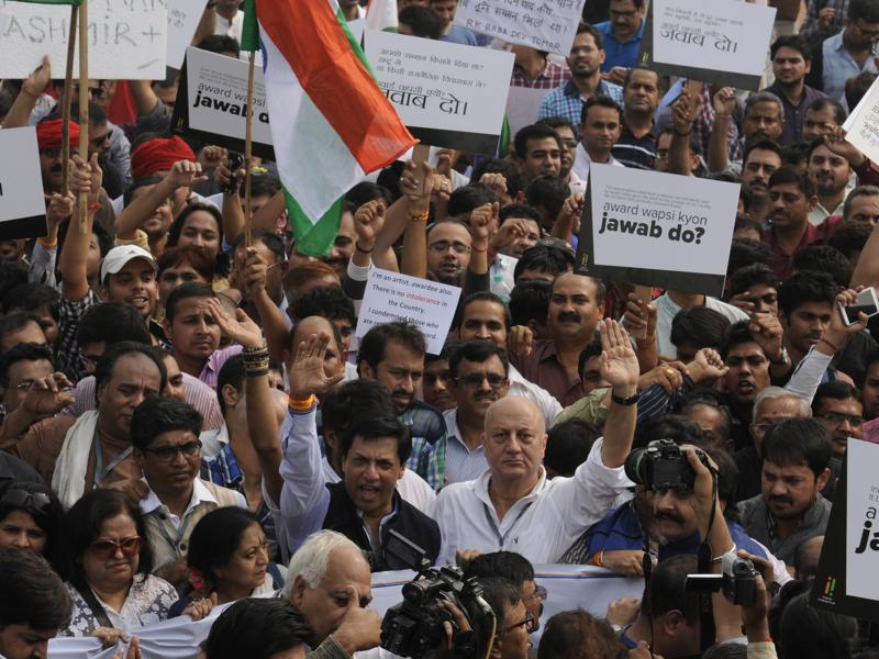 Protest march led by actor Anupam Kher and others from the literary and film world held at Rajpath in New Delhi on Saturday. (Saumya Khandelwal/ HT Photo)