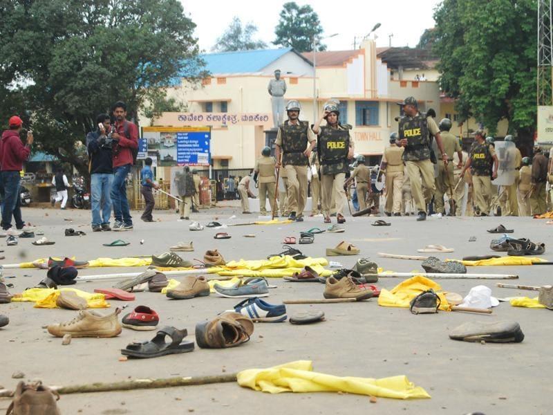 Violence Over Tipu Jayanti In Karnakata India Photos Hindustan