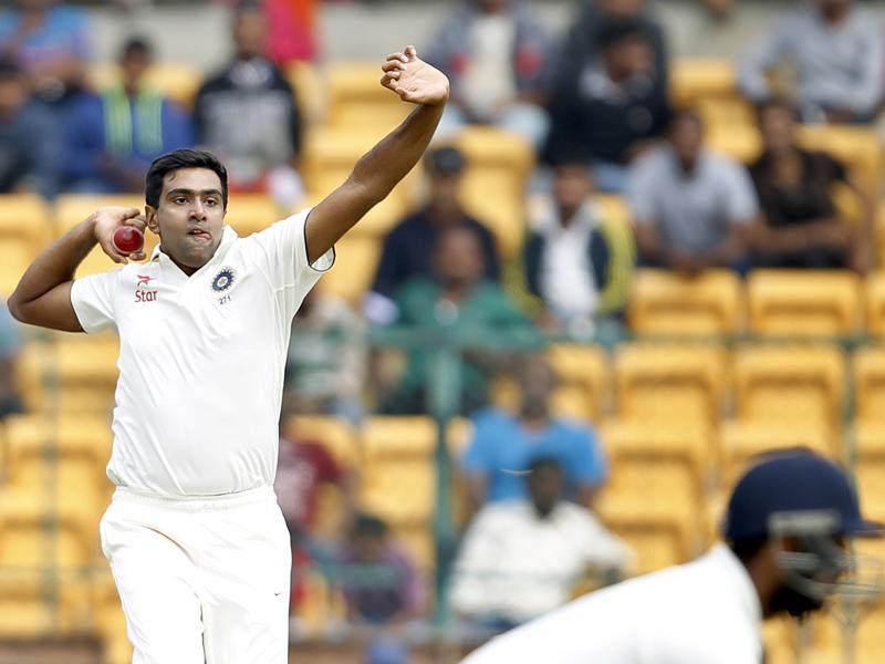 Ravichandran Ashwin in action during the first innings.  (Ajay Aggarwal/HT Photo)