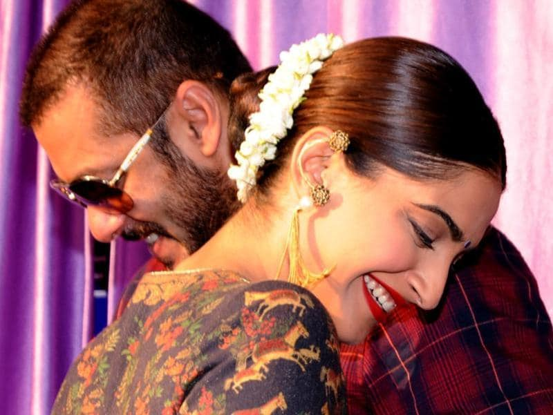 A shudh sanskari photo from our Prem and his Princess. Salman and Sonam promote Prem Ratan Dhan Payo. (AFP)