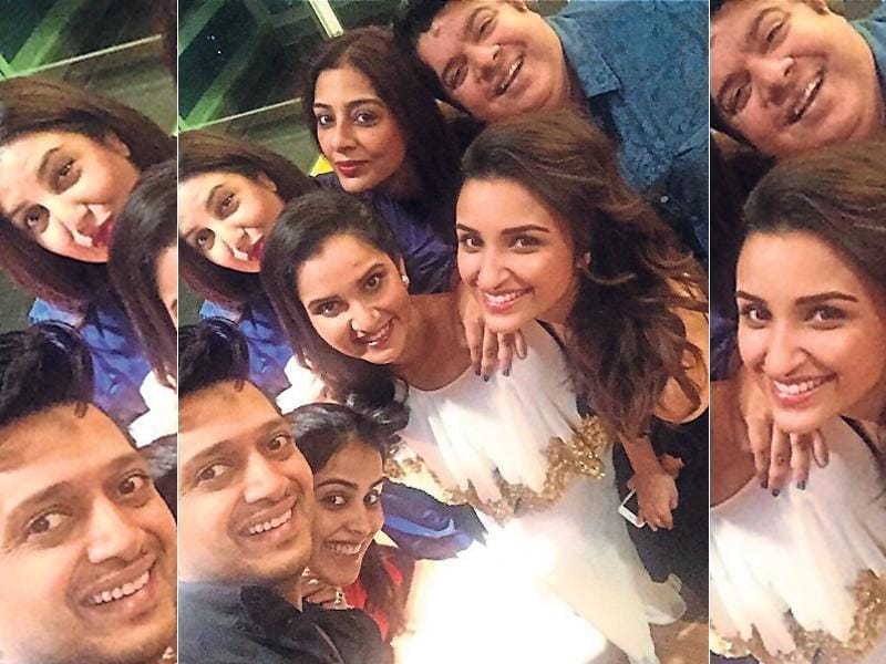Bollywood stars cricketers and some of most famous faces celebrated Sania Mirza's birthday.  Filmmaker Farah Khan, actors Tabu, Ritiesh & Genelia Deshmukh and Parineeti Chopra take a group selfie with the birthday girl. (Instagram)