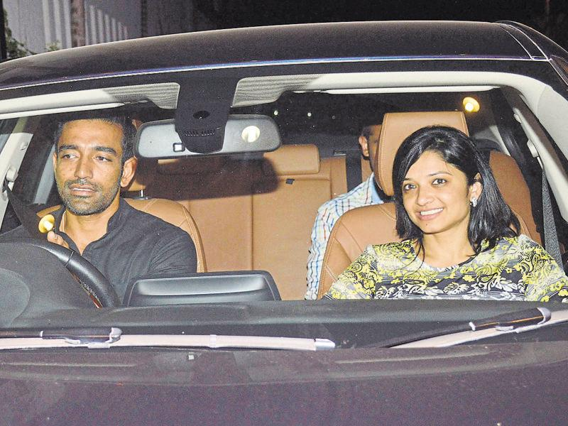 Robin Uthappa and Sheetal Gautam arrive for the birthday bash of Sania Mirza. (Photo: Yogen Shah/HT)
