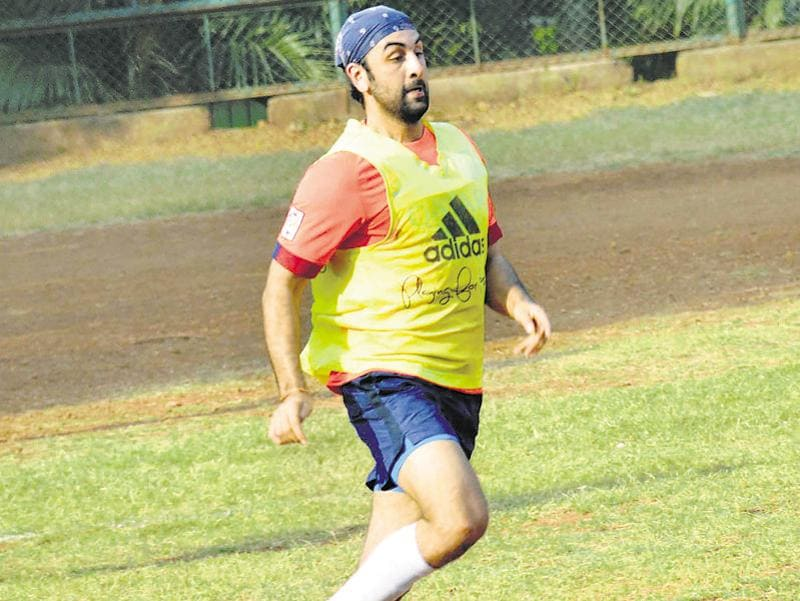 Ranbir Kapoor was spotted playing football at a ground in Khar, Mumbai, along with other Bollywood stars.  (Photo: Yogen Shah/HT)