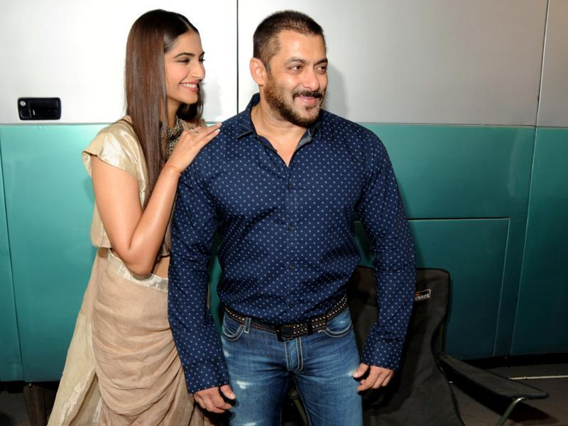 onam Kapoor and Salman Khan attend a promotional event for Prem Ratan Dhan Payo. (AFP)