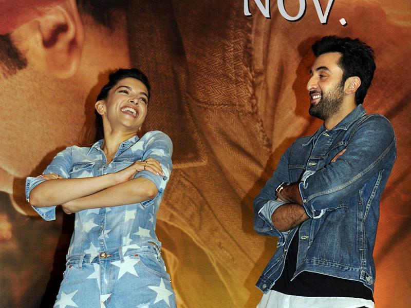 Deepika Padukone and Ranbir Kapoor pose during the promotional press conference for the Tamasha directed by Imtiaz Ali. (AFP)