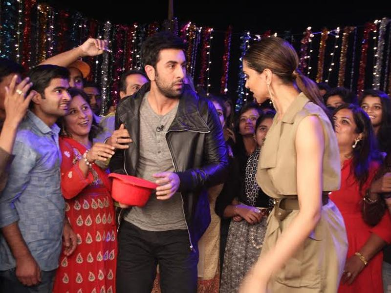 "When Ranbir was asked if Deepika is more Tamashebaaz than him, he was quick to point fingers at Deepika while saying, ""Sabko lagtahai yeh bahut shareef hai, par isske andar cheapness chhupi hui hai!"" (COLORS)"