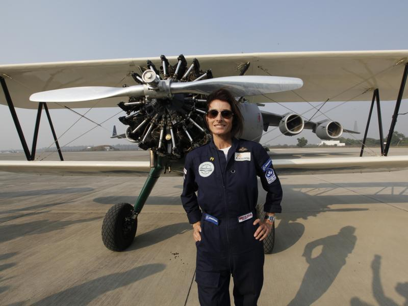British  woman Pilot Tracey Curtis lands at Hindon Air force Station. (Raj K Raj/ HT Photo)