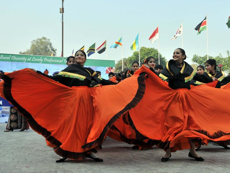 Sri Lankan students perform their traditional dance at LPU in Jalandhar on Thursday. (Pardeep Pandit/HT Photo)