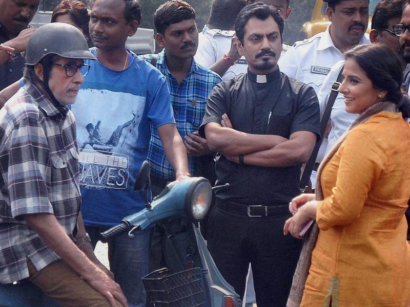 Actor Vidya Balan joins the two stars near Kolkata's famous landmark, Victoria Memorial. (PTI)