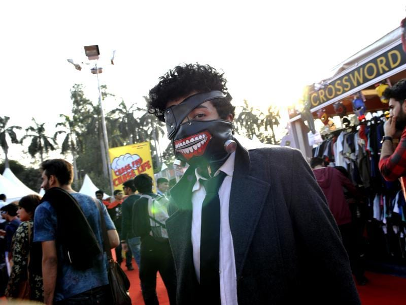 A cosplayer at the Delhi Comic Con 2015 held at the NSIC grounds. The event attracted thousands of pop-culture fans across its 3 days. (Ht pHOTO)