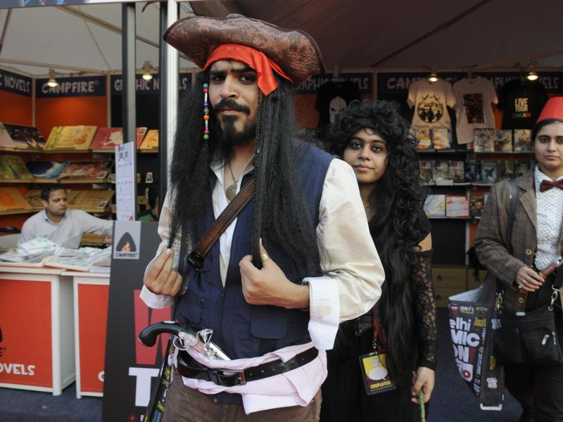 A cosplayer dressed as Captain Jack Sparrow at the 2015 Delhi Comic Con. (Ht photo)