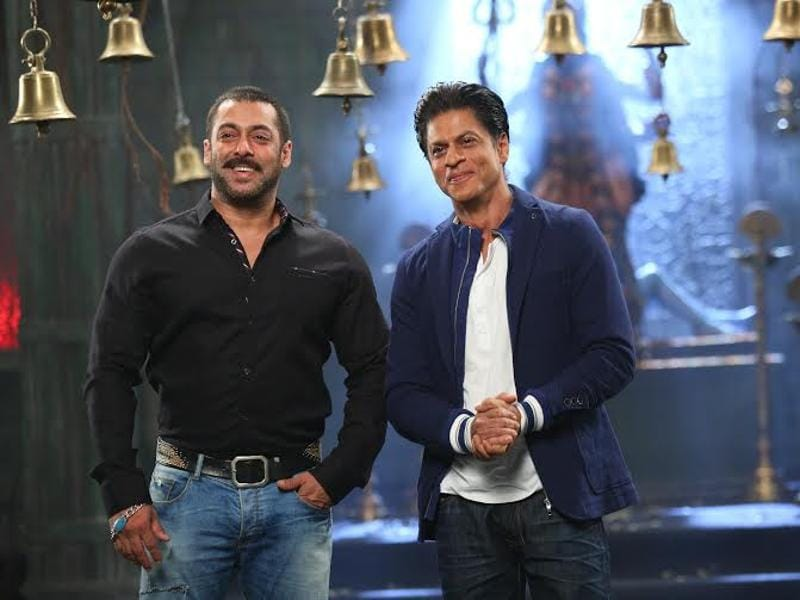 Salman Khan and Shah Rukh are back to being buddies again. The actors shoot a promo for Bigg Boss 9. (colors)