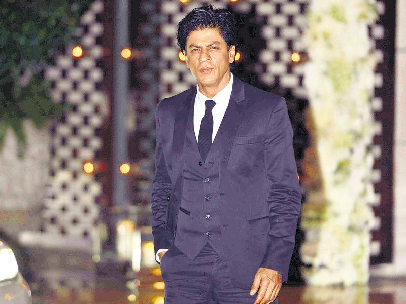Shah Rukh Khan attends the party. (HT Photo)