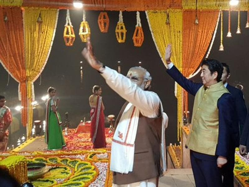 Harnessing history for a visionary future. PM Modi and Japan PM Shinzo Abe at Varanasi on Sunday. (MEA India)