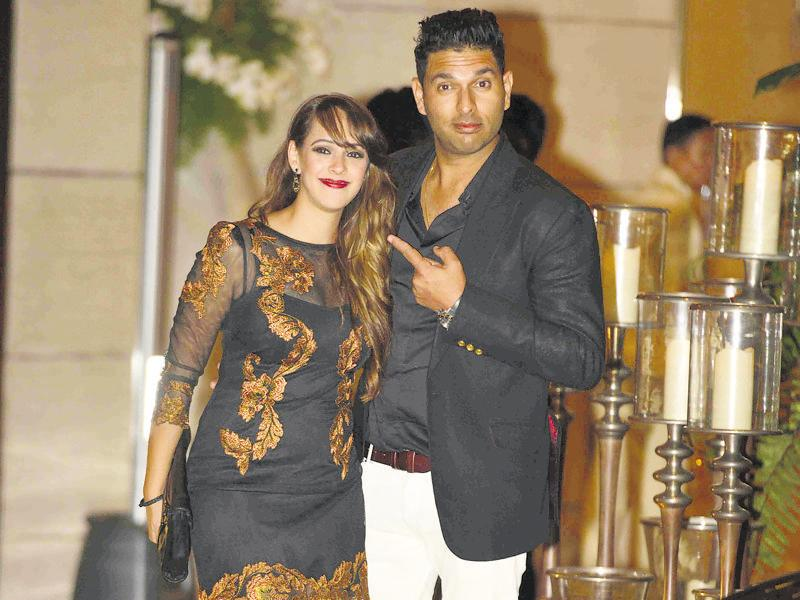 Will theirs be the next wedding? Hazel Keech and Yuvraj Singh. (HT Photo)