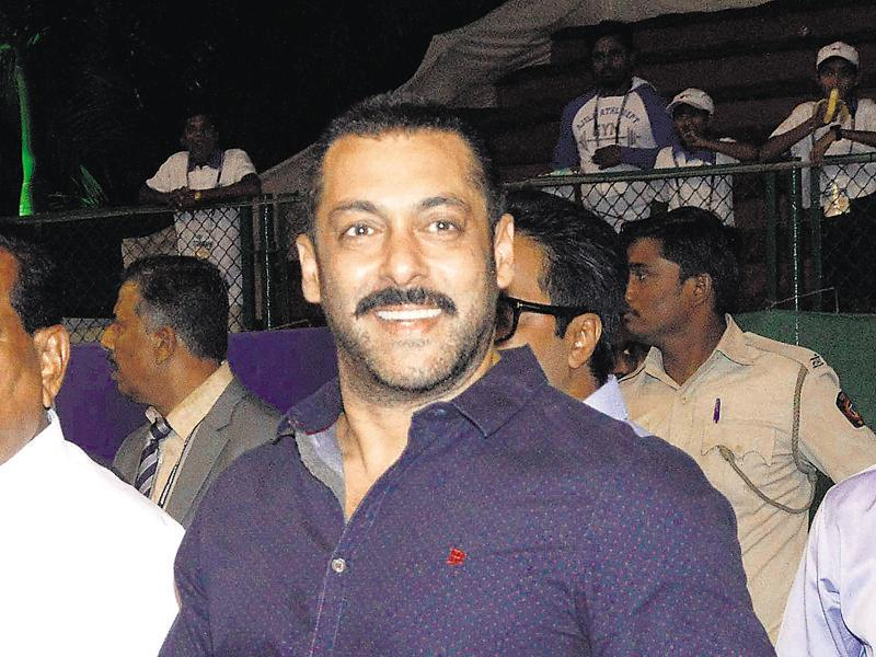 Salman Khan attended an event in Mumbai where he addressed a crowd of athletes. (photo: Yogen shah/HT)
