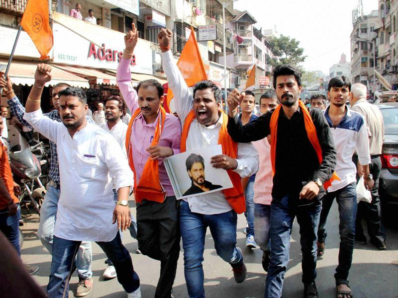 Hindu Rashtriya Sena activists protest against the screening of SRK's Dilwale near a mall in Mumbai on Friday.  (PTI)
