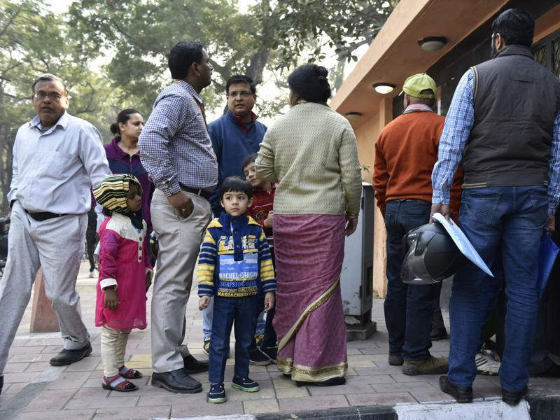Parents buy nursery admission forms for their children at the Air Force Bal Bharti School, Lodhi Road,  New Delhi on Friday. (Saumya Khandelwal/HT photo)