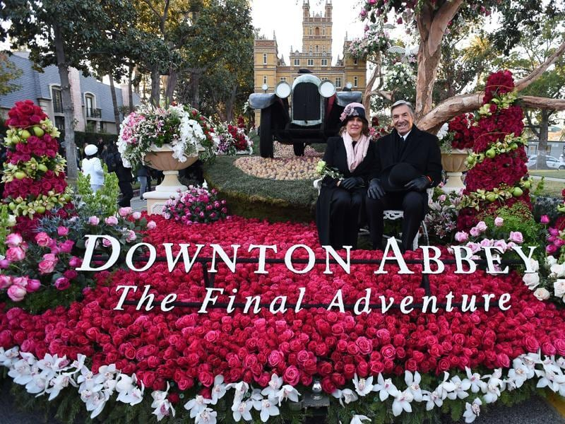 Public Broadcasting Service (PBS) float Downtown Abbey: The Final Adventure, waits to roll in the 127th Rose Parade in California, USA, January 1, 2016. (AFP)