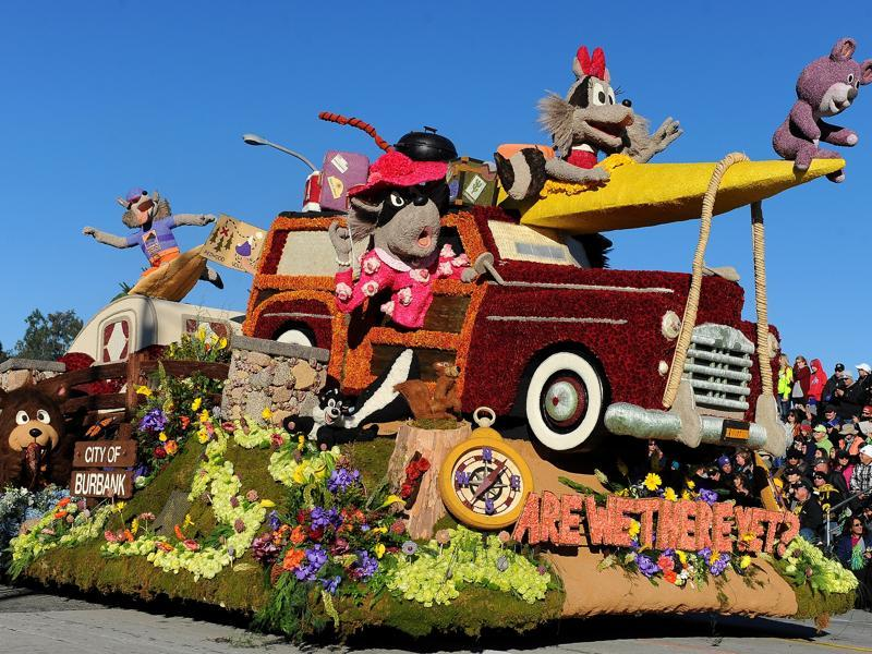 The Burbank Tournament of Roses Association float Are We There Yet? wins the Theme Trophy in the 127th Rose Parade in California, USA, January 1, 2016. (AP)