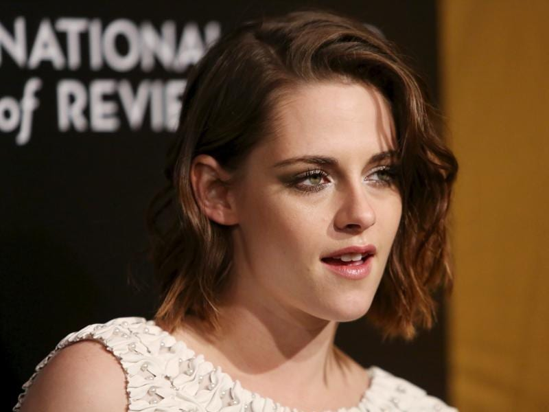Twilight star Kristen Stewart attends The National Board of Review Gala in New York. (REUTERS)