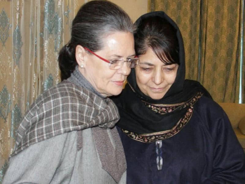 Congress president Sonia Gandhi visited the Srinagar residence of late chief minister Mufti Mohammad Sayeed to condole with his daughter, Mehbooba Mufti, amid speculations of a realignment of political forces in the state.