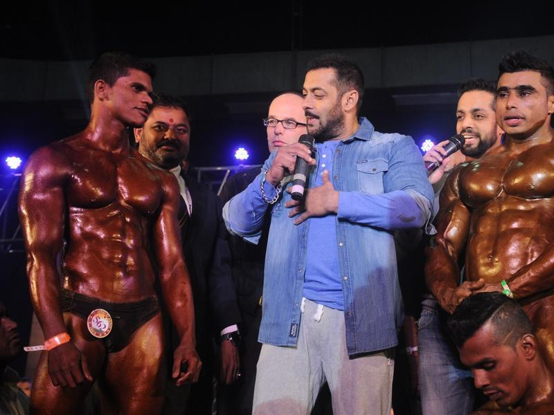 Salman Khan talks to the athletes during the specially abled Athletes, Body Building competition at BodyPower Expo in Mumbai. (IANS)