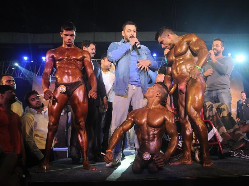 Salman Khan with the athletes during the specially abled Athletes, Body Building competition in Mumbai.  (IANS)