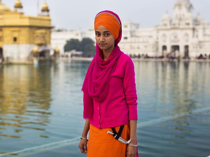 """A Sikh woman at the Golden Temple, in Amritsar"" (Photo: Mihaela Noroc)"