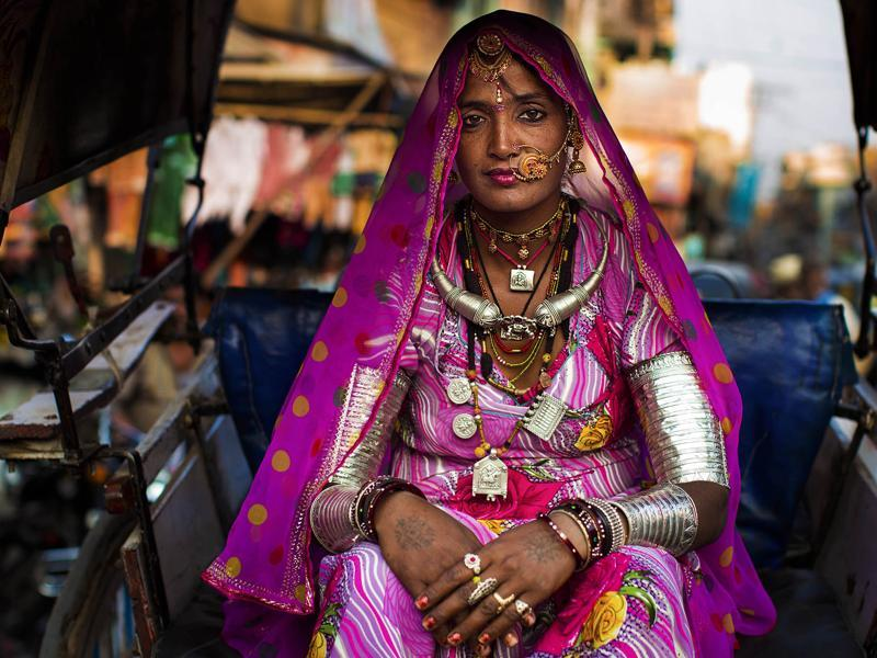 """A woman sporting an amazing outfit in Jodhpur"" (Photo: Mihaela Noroc)"
