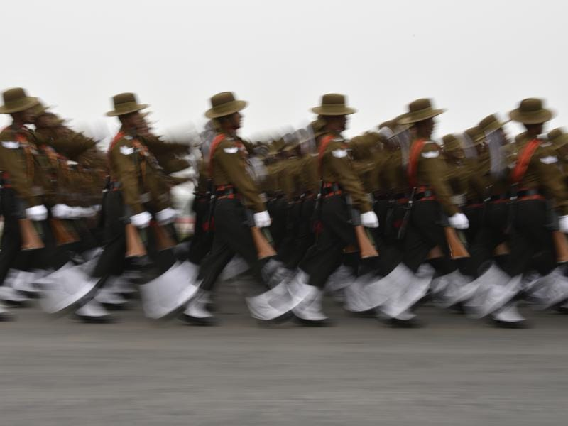 Soldiers perform march past  during Army Day parade. (Vipin Kumar/ht photos)