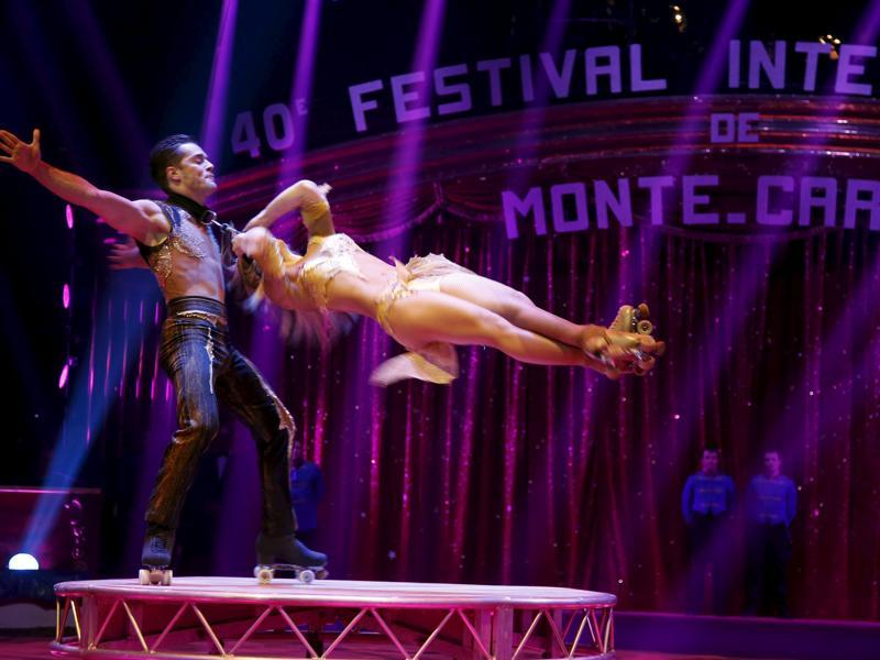 The skating duo Pilar performs during the opening of the festival in Monaco January 14, 2016. (REUTERS)
